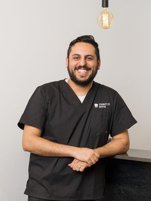 Dr. Frank Nikakhtar